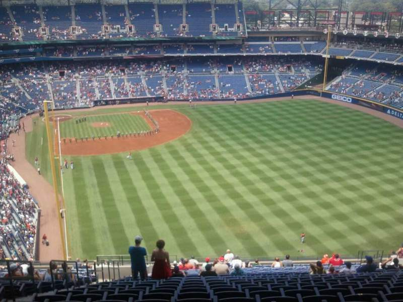 Seating view for Turner Field Section 433 Row 27 Seat 4
