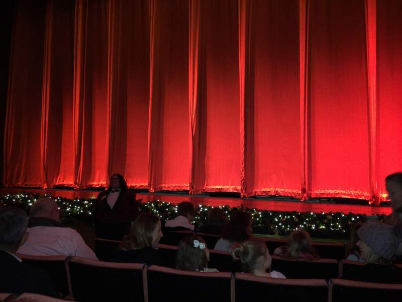 Radio City Music Hall Christmas Spectacular.Radio City Music Hall Section Orchestra 3 Row Ff Seat 310