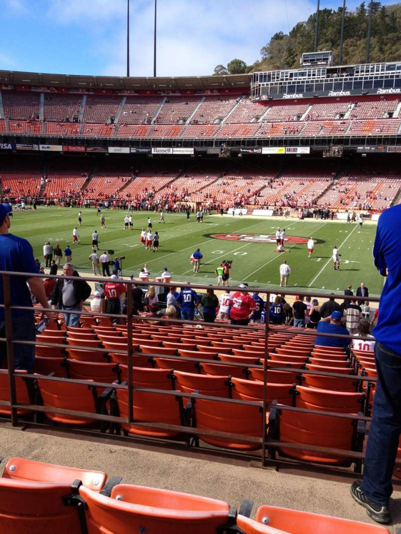 Seating view for Candlestick Park Section LE33 Row 23 Seat 14