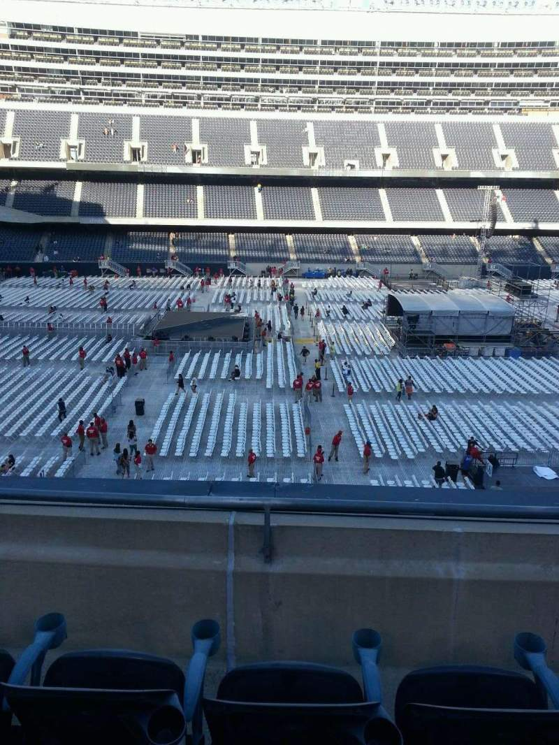 Soldier Field, section: 339, row: 3
