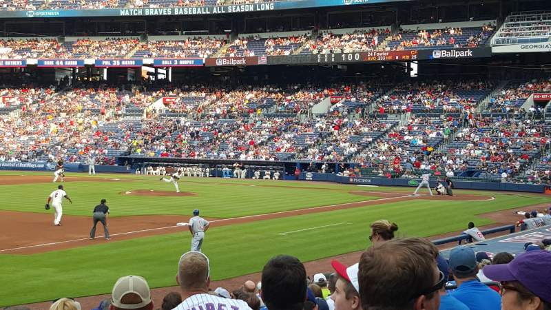 Seating view for Turner Field Section 122R Row 16 Seat 13