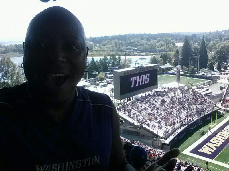 Seating view for Husky Stadium Section 330 Row 43 Seat 21