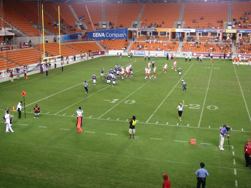 Seating view for BBVA Compass Stadium Section 208 Row A Seat 4