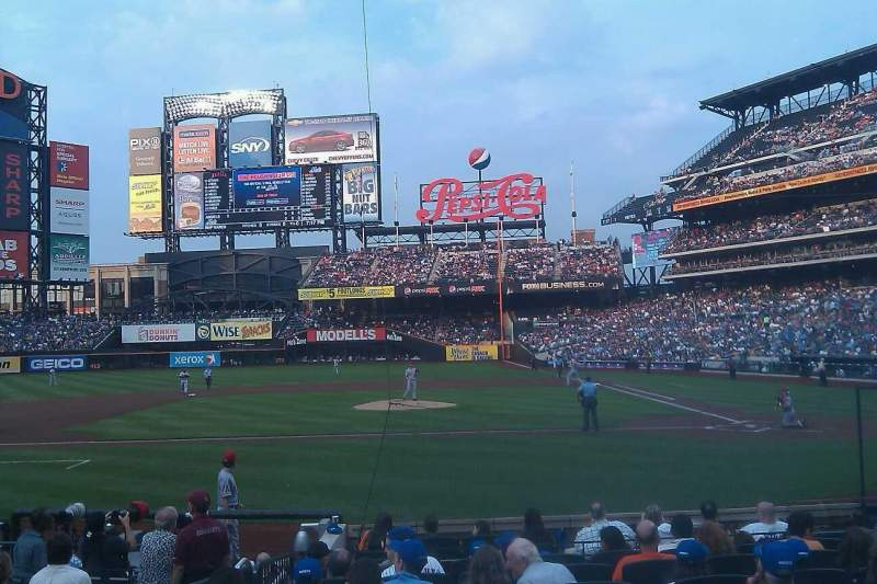 Seating view for Citi Field Section 19 Row 12 Seat 10