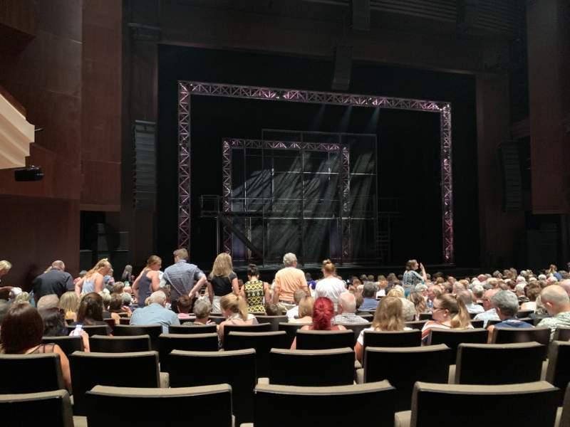 c02044178ffc Lyric Theatre at the Queensland Performing Arts Centre