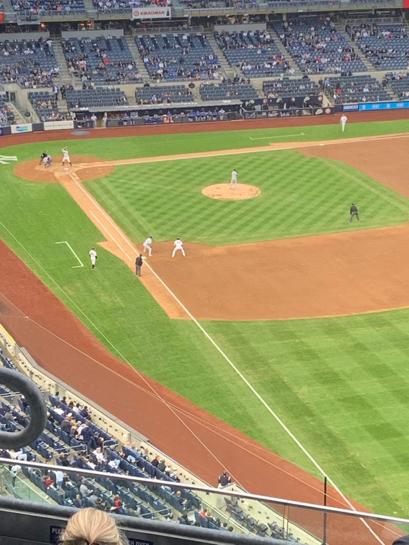 Seating view for Yankee Stadium Section 409 Row 8 Seat 13