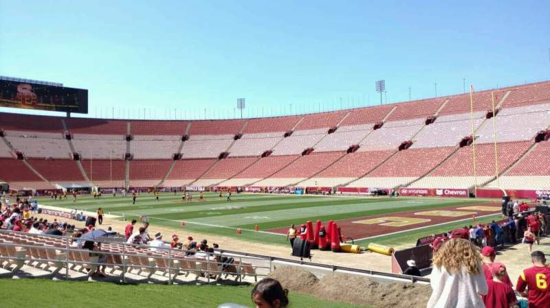 Seating view for Los Angeles Memorial Coliseum Section 2H Row 15 Seat 102