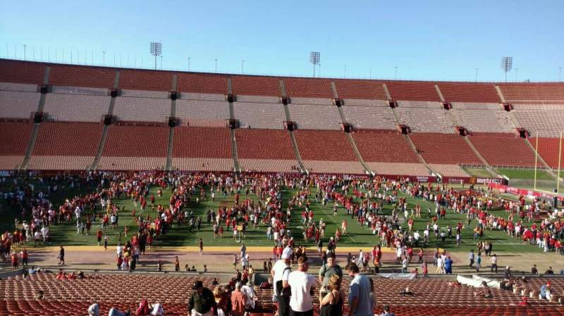 Seating view for Los Angeles Memorial Coliseum Section 6H Row 43 Seat 101