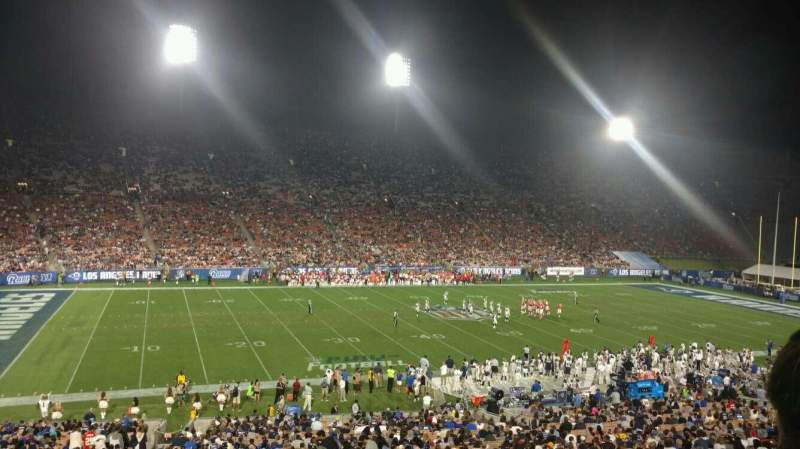 Seating view for Los Angeles Memorial Coliseum Section 9H Row 43 Seat 103