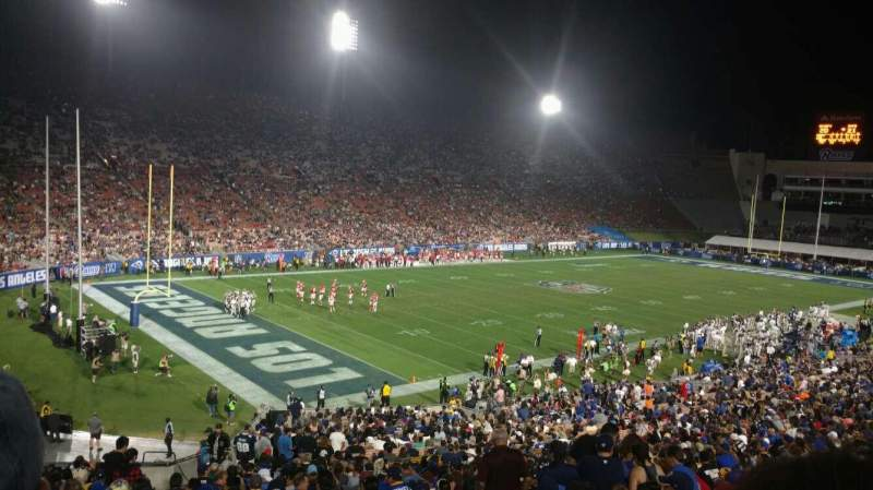 Seating view for Los Angeles Memorial Coliseum Section 11H Row 44 Seat 101