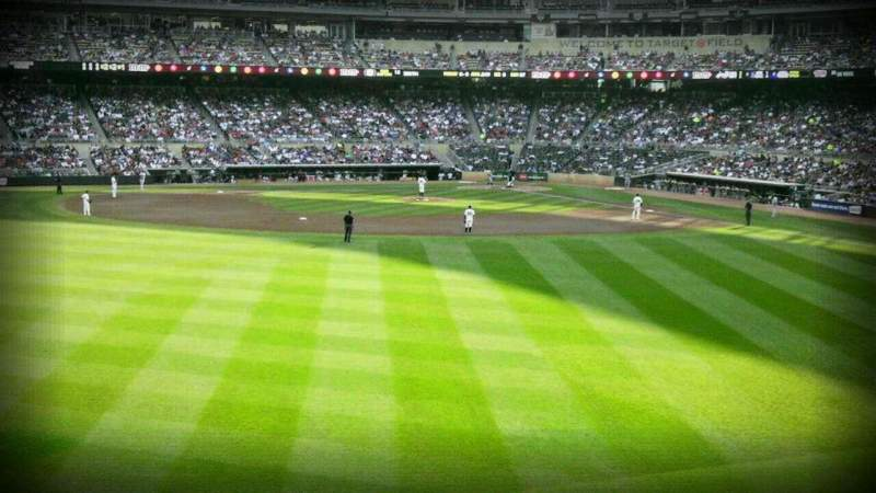 Seating view for Target Field Section 131 Row 13 Seat 14