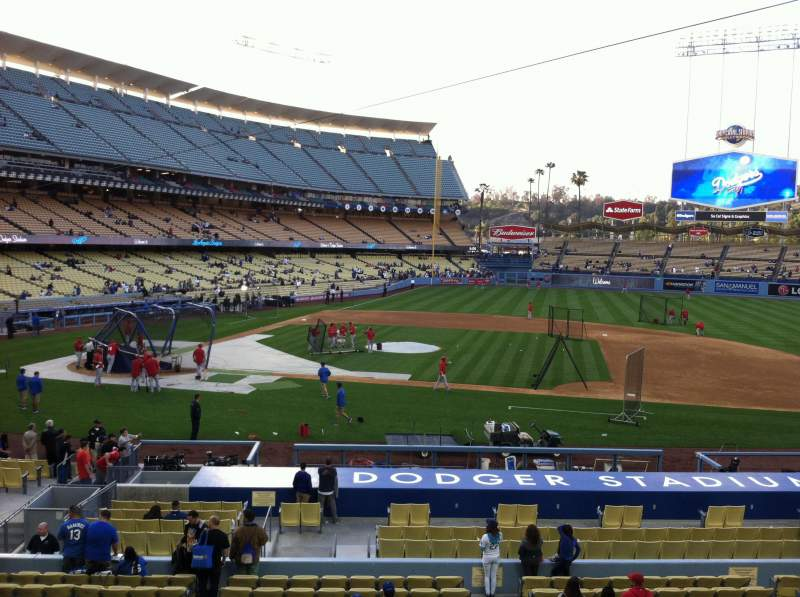 Seating view for Dodger Stadium Section 132LG Row A Seat 1