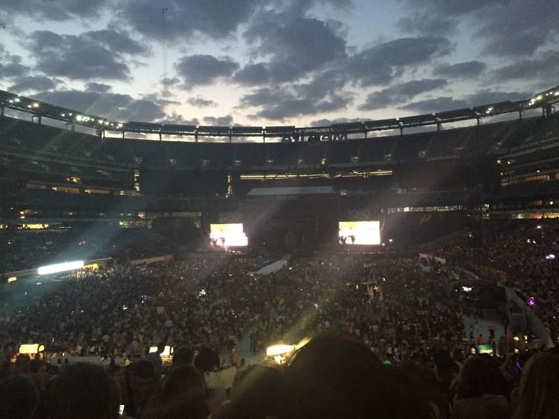 Seating view for MetLife Stadium Section 124 Row 36 Seat 12