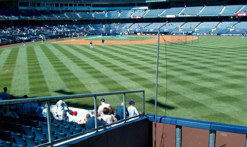 Seating view for Yankee Stadium Section 202 Row 1 Seat 21