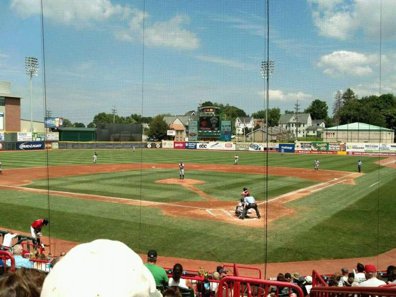 Seating view for UPMC Park Section 207 Row EE Seat 2