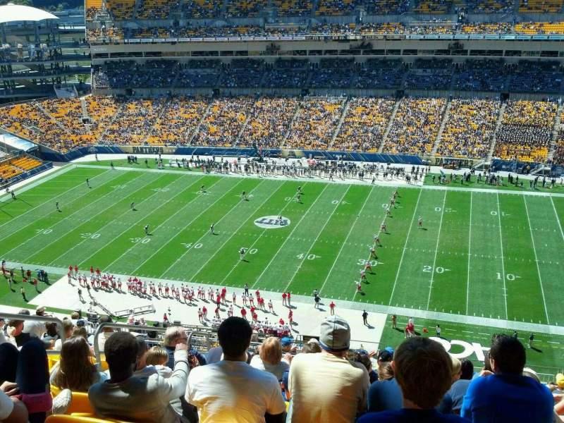 Heinz Field, section: 513, row: V, seat: 20