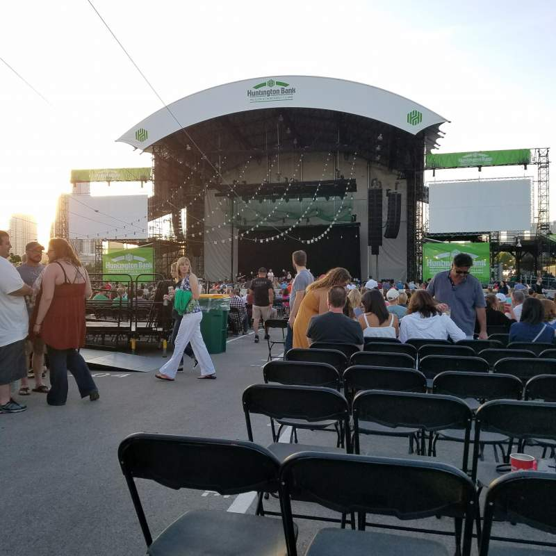 Seating view for Huntington Bank Pavilion at Northerly Island Section 307 Row J Seat 29