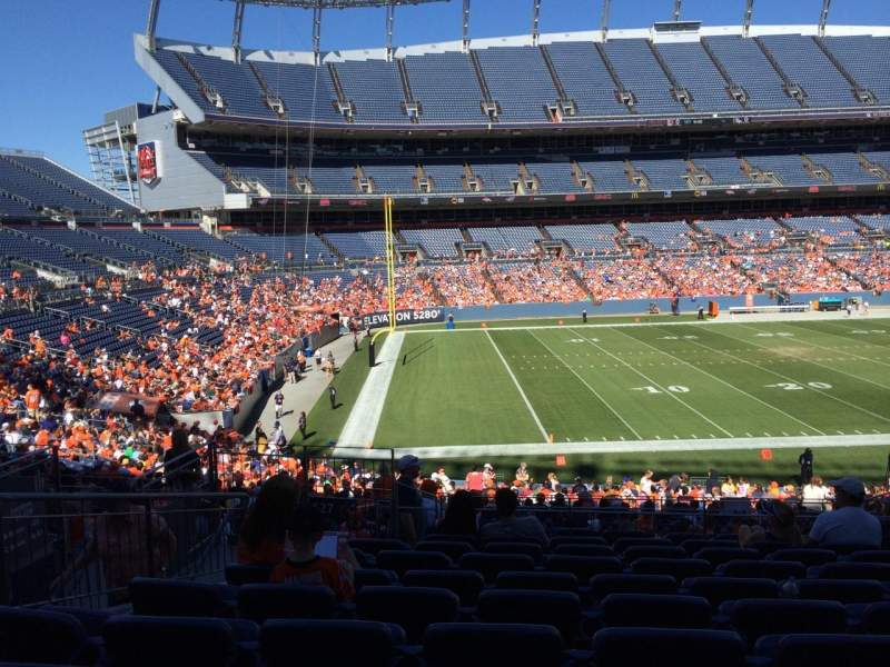 Seating view for Sports Authority Field at Mile High Section 127 Row 32 Seat 10
