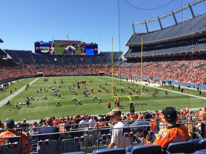 Seating view for Sports Authority Field at Mile High Section 115 Row 27 Seat 7