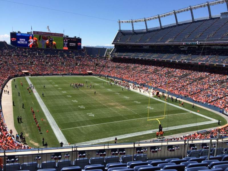 Seating view for Sports Authority Field at Mile High Section 326 Row 9 Seat 7
