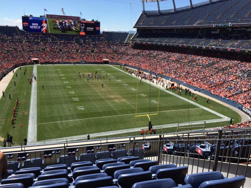 Seating view for Sports Authority Field at Mile High Section 325 Row 9 Seat 7