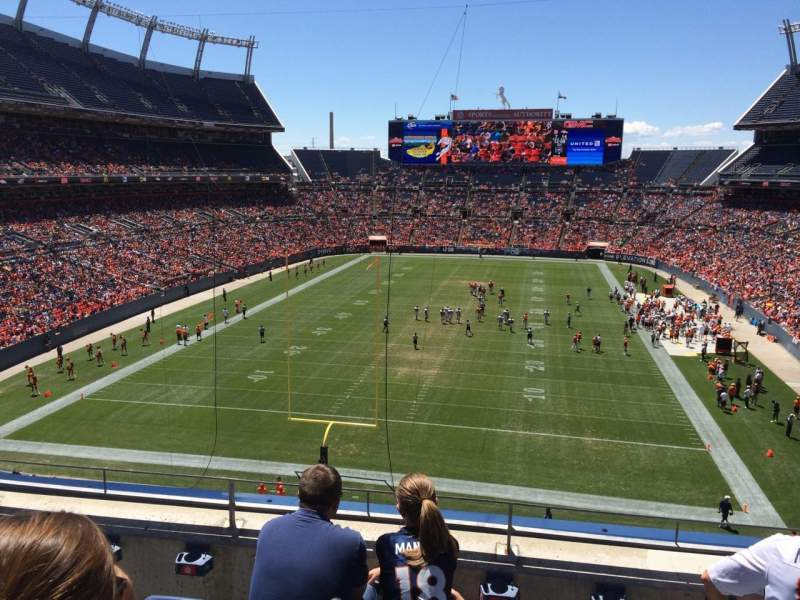 Seating view for Sports Authority Field at Mile High Section 322 Row 4 Seat 11