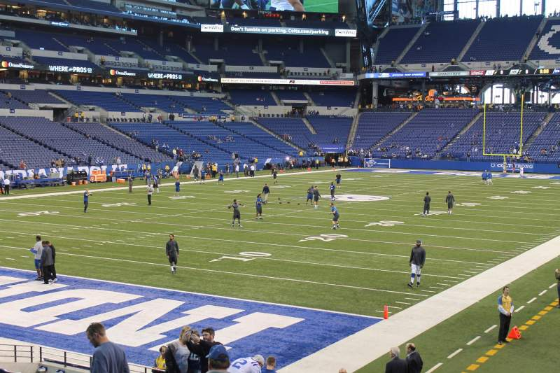 Seating view for Lucas Oil Stadium Section 121 Row 17 Seat 11