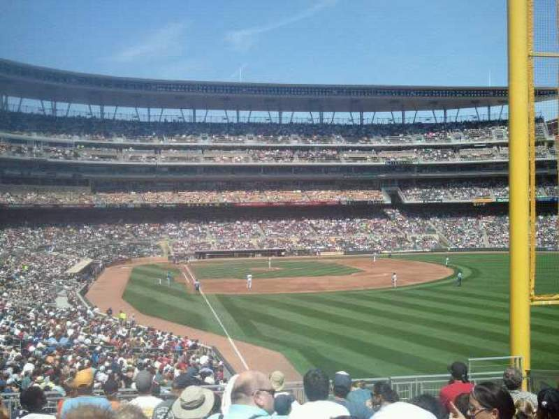 Seating view for Target Field Section 140 Row 10 Seat 9