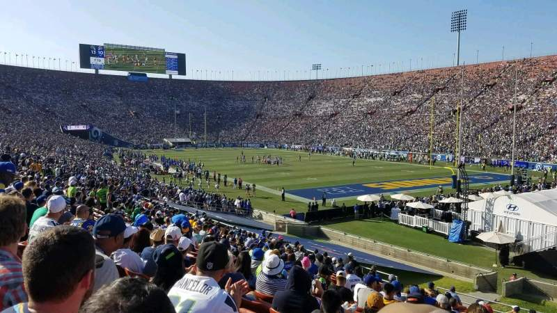 Seating view for Los Angeles Memorial Coliseum Section 2H Row 33 Seat 114