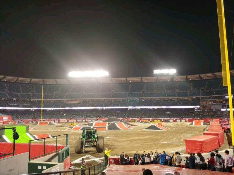 Seating view for Angel Stadium Section F101 Row W Seat 4