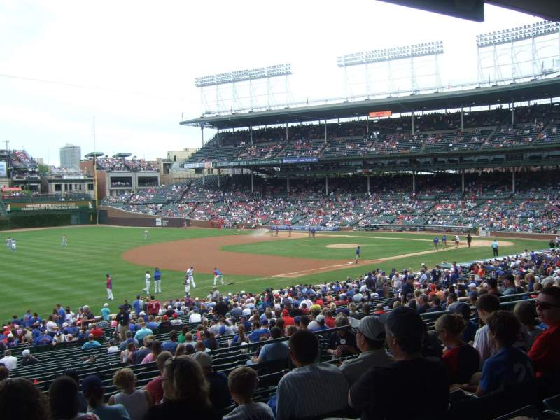 Seating view for Wrigley Field Section 206 Row 8 Seat 2