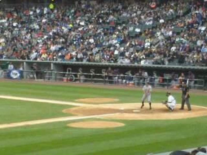 Seating view for Guaranteed Rate Field Section 142 Row 22  Seat 3
