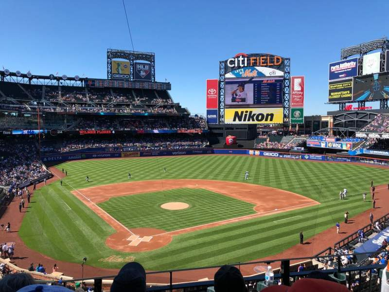 Seating view for Citi Field Section 317 Row 3 Seat 9