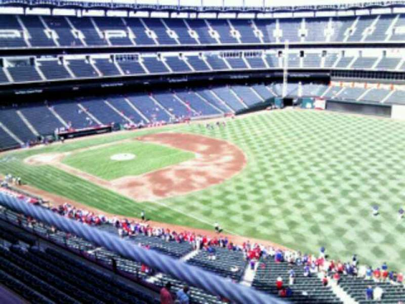 Seating view for Globe Life Park in Arlington Section 339 Row 2 Seat 15