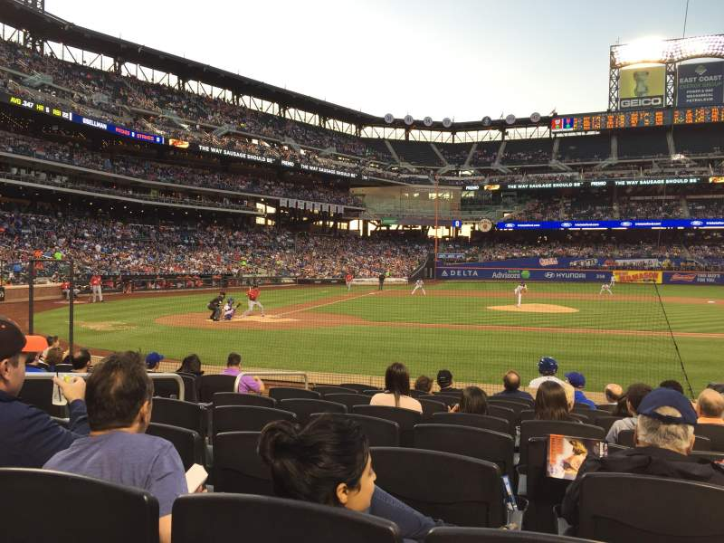 Seating view for Citi Field Section 11 Row 9 Seat 5