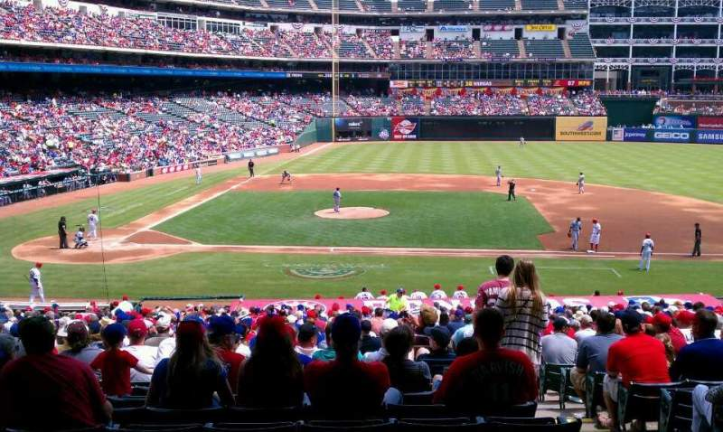 Seating view for Globe Life Park in Arlington Section 133 Row 25 Seat 6