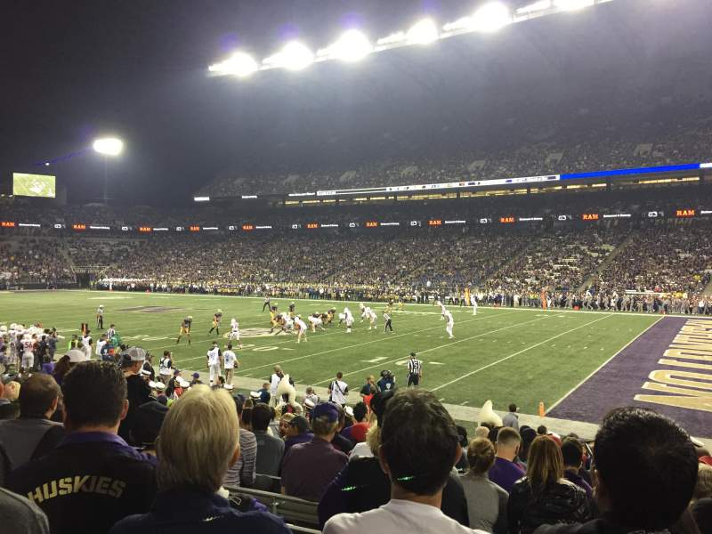 Seating view for Husky Stadium Section 102 Row 13 Seat 15