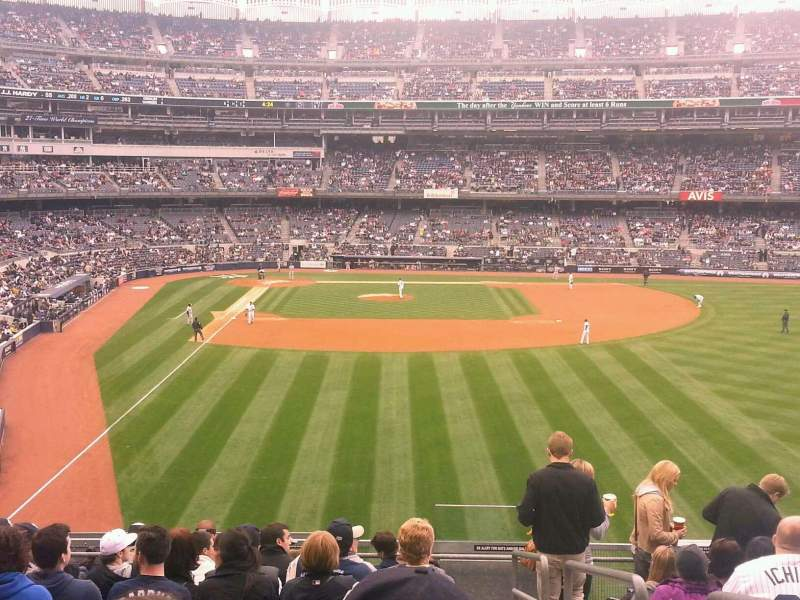 Seating view for Yankee Stadium Section 206 Row 11 Seat 1