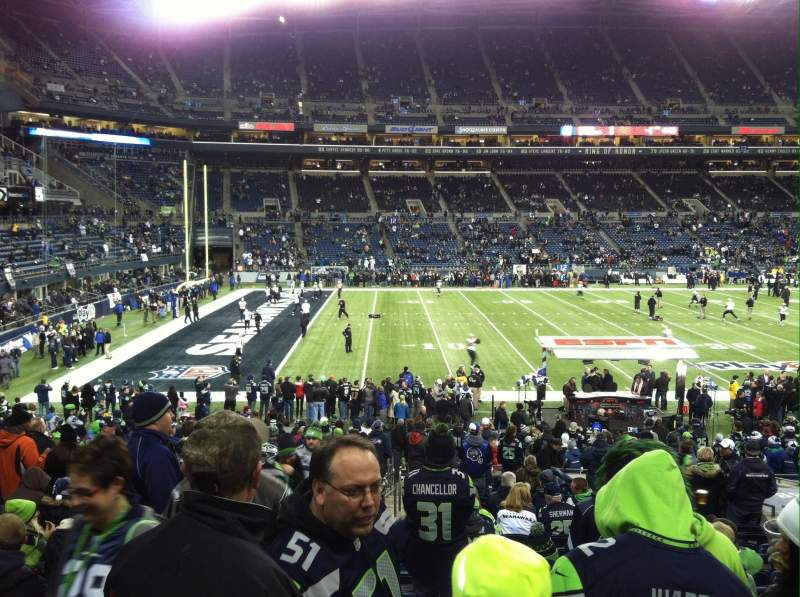 Seating view for CenturyLink Field Section 138 Row Z Seat 19