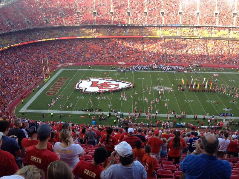 Seating view for Arrowhead Stadium Section 325 Row 39 Seat 13