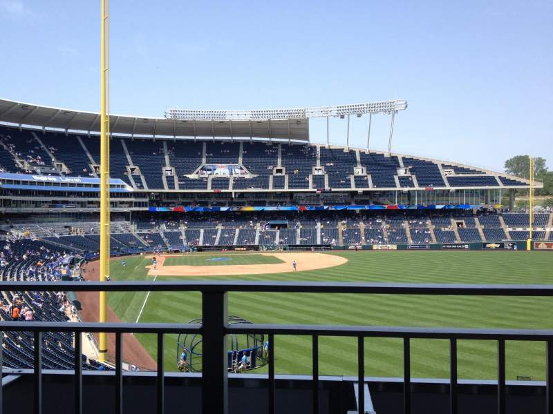 Seating view for Kauffman Stadium Section Rivals Sports Bar Row Table 3