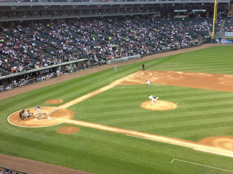 Seating view for Guaranteed Rate Field Section 324 Row 2 Seat 2