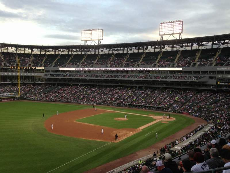 Seating view for Guaranteed Rate Field Section 350 Row 5 Seat 1
