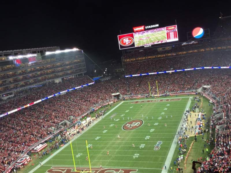 Seating view for Levi's Stadium Section 422 Row 10 Seat 17