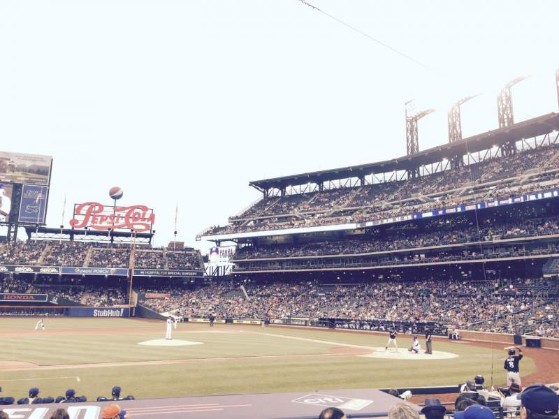 Seating view for Citi Field Section 122 Row 9 Seat 1