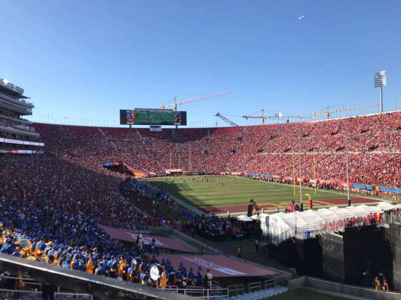Seating view for Los Angeles Memorial Coliseum Section 100 Row 43 Seat 7
