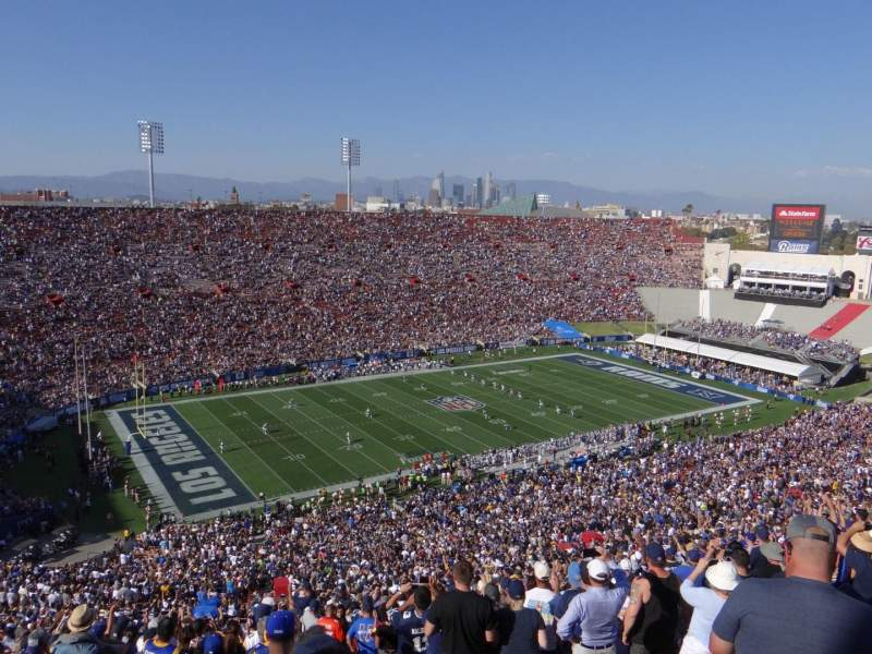 Seating view for Los Angeles Memorial Coliseum Section 10L Row 93 Seat 3