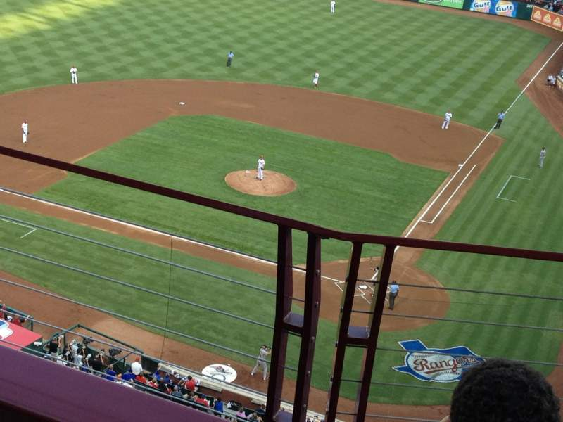 Seating view for Globe Life Park in Arlington Section 323 Row 3 Seat 9