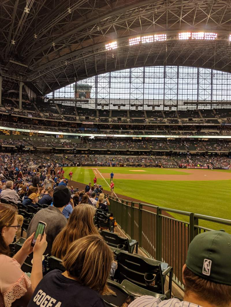 Seating view for Miller park Section 106 Row 21 Seat 7