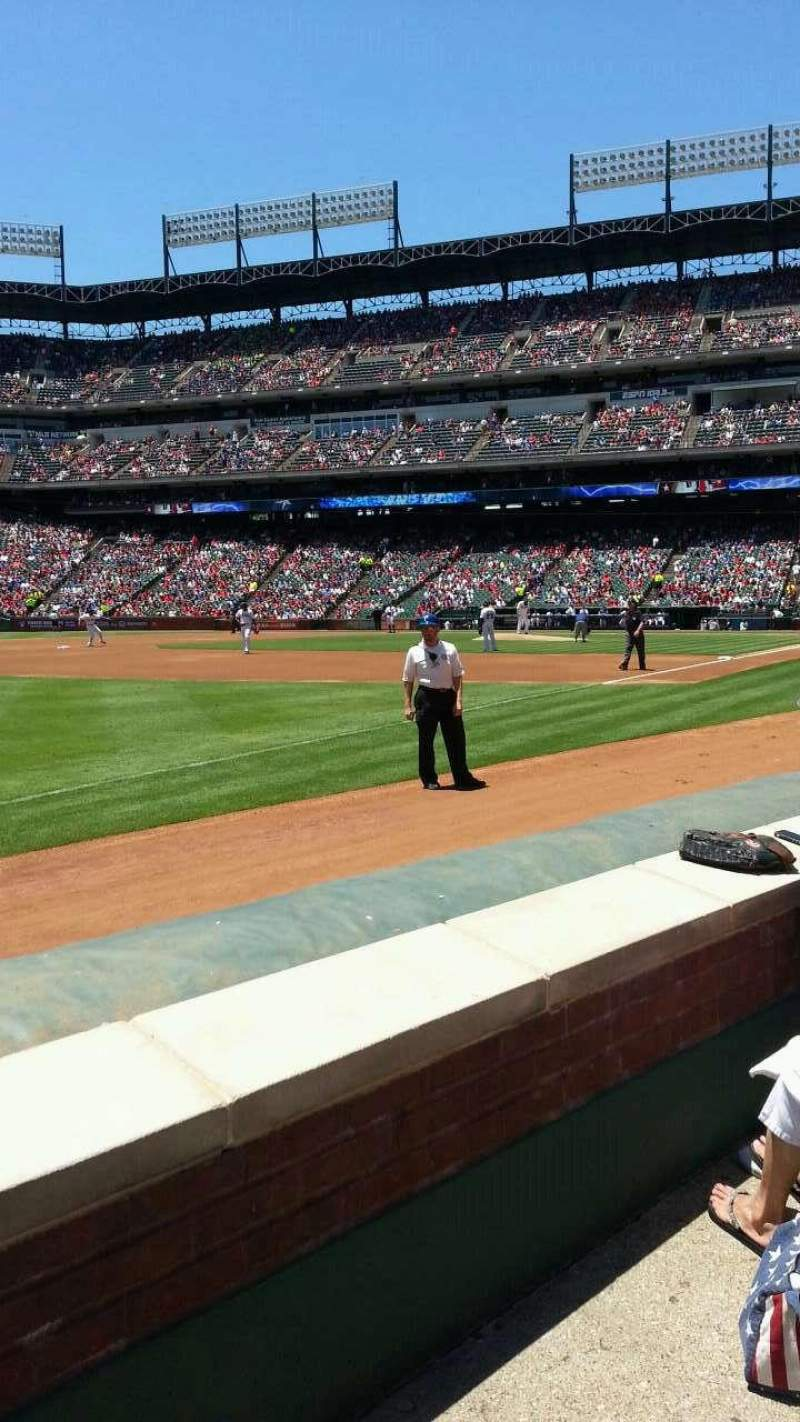 Seating view for Globe Life Park in Arlington Section 14 Row 2 Seat 17
